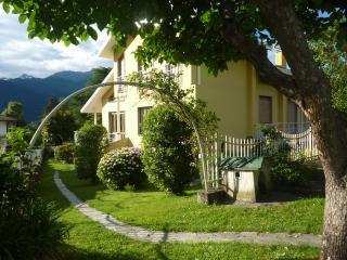 Spacious 5 bedroom House in Colico - Colico vacation rentals