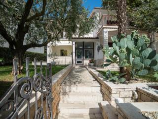 TH00407 Apartments Silvano / One bedroom A2 - Porec vacation rentals
