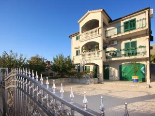 TH00510 Apartments Joso / Two bedrooms A2 - Grebastica vacation rentals