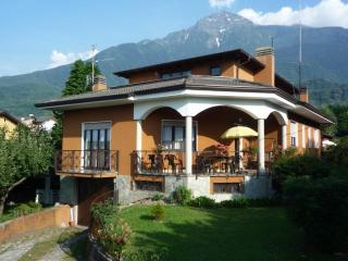 2 bedroom House with Internet Access in Colico - Colico vacation rentals
