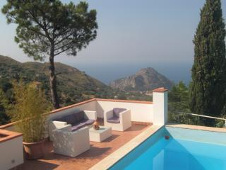 01 villa with pool 4 bedrooms - Cefalu vacation rentals
