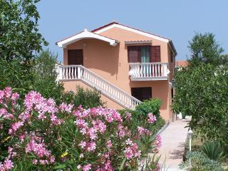 MH0013 Apartments Punoš / One bedroom apartment Blue A1 - Drage vacation rentals