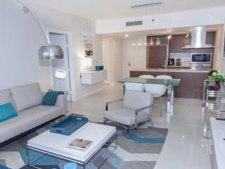 PRO-DECORATED HIGH-END CONDO, FREE SPA, W HOTEL RESIDENCES, ICON BRICKELL, MIAMI - Brickell vacation rentals