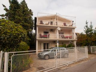 TH01600 Apartments Domazet / Two bedroom A2 - Rogoznica vacation rentals