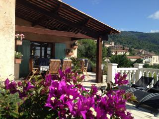 Beautiful 4 bedroom Seillans Villa with Deck - Seillans vacation rentals