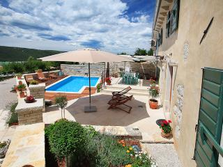 Beautiful 3 bedroom Rebici Villa with Internet Access - Rebici vacation rentals