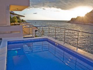 Bright 4 bedroom Villa in Cove Stivasnica (Razanj) - Cove Stivasnica (Razanj) vacation rentals