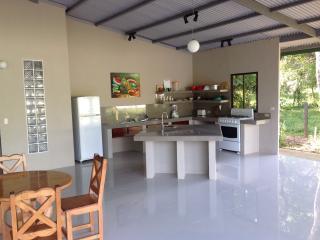 Cozy House with Wireless Internet and Parking - Puerto Viejo de Talamanca vacation rentals
