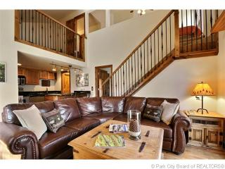 Gorgeous 3 Bedroom Condo with Views at Canyons - Park City vacation rentals