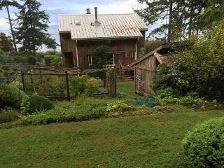 Secluded, Beach-Front Cottage - Courtenay vacation rentals