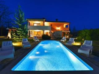 TH00661 Holiday House St. Domenica - Nedescina vacation rentals