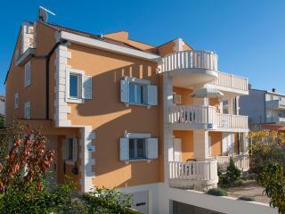 TH01615 Apartments Marelja / Studio A8 - Rogoznica vacation rentals