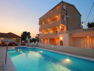 TH00757 Apartmani Matija / Two bedroom A1 - Podstrana vacation rentals