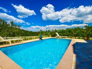 TH01207 Apartments Bonino / Two bedroom A6 - Murter vacation rentals