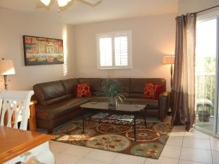 Perfect 2 bedroom Apartment in Holmes Beach - Holmes Beach vacation rentals
