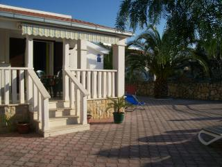 TH01826 Apartments Karen / One bedroom A2 - Vinisce vacation rentals