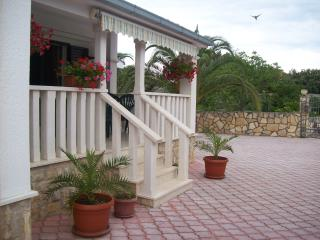 TH01826 Apartments Karen / Two bedrooms A4 - Vinisce vacation rentals