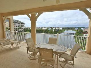 Cinnamon Beach Lake View End Unit - 1145 - Over 2100 sf on the Water ! - Palm Coast vacation rentals