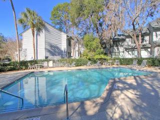 Beautiful Updated 7102 Treetops Villa, Free Bikes, Beach Chairs, Tennis, Pool - Hilton Head vacation rentals