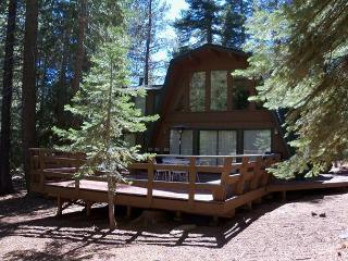 Rossi Vacation Rental - Great Tahoe Donner Location - plenty of room! - Truckee vacation rentals