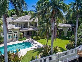 Spectacular Tuscan-Inspired Waterfront Boca Mansion - Boca Raton vacation rentals
