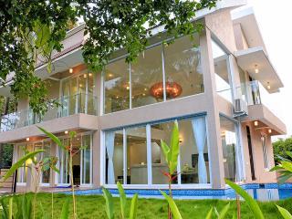 SeaHorse - 4 Bed Private Pool Villa in Baga - Baga vacation rentals