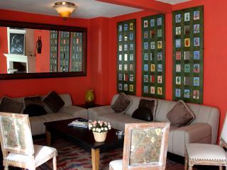 """La Casa de Laura Apts/Suites """"El Raton Vaquero"""" - San Miguel de Allende vacation rentals"""