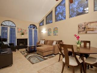 Desert Rose, King bed,garage, pool! - Chandler vacation rentals