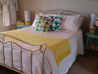 Spacious Studio with Mountain Views - Neerim South vacation rentals