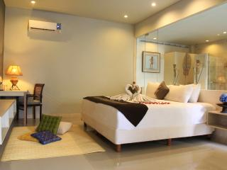 Majestic One Bedroom Pool Villa - 1 - Jimbaran vacation rentals