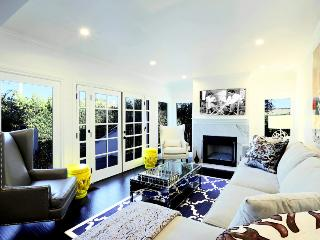Luxurious Casa in Los Angeles, Sleeps 10 ~ RA49050 - West Hollywood vacation rentals