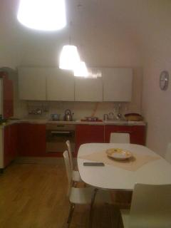 Beautiful 3 bedroom Guest house in Assergi with Dishwasher - Assergi vacation rentals