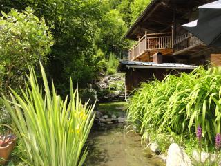 """Nid """"L'Oeuf et la Poule"""" SAUNA Chalet Montagne Ski - Saint Jean d'Arves vacation rentals"""