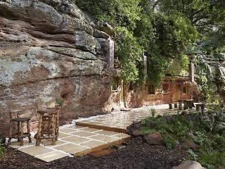 The Rockhouse Retreat, 'Grand Designs' cave house - Worcester vacation rentals