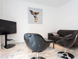 Modern 2 bedrooms close to Croisette 316 - Cannes vacation rentals