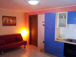 """Marittima attico monolocale vista mare  """"B"""" - Marittima vacation rentals"""