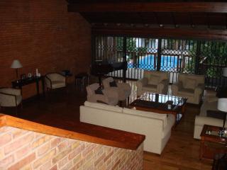 5 bedroom House with Internet Access in Mendoza - Mendoza vacation rentals