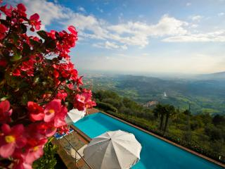 Casa Altavista - Lucca area - Amazing view | Pool - Capannori vacation rentals