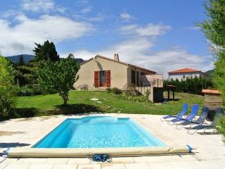 Comfortable holiday home for 6 with private pool. - Caudies de Fenouilledes vacation rentals