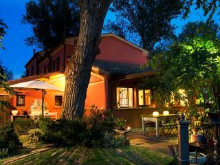 Cozy Room close the Sea, big Garden, Cottage - Savio di Ravenna vacation rentals