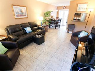 Victoria Park Tropical Oasis ~  2/1 ~ Mins to Beac - Fort Lauderdale vacation rentals