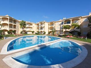 2 Bed/2 Bath at Praia Village with pool view - Vilamoura vacation rentals