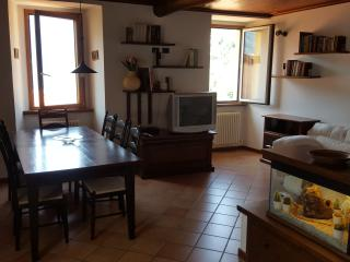 Romantic 1 bedroom Townhouse in Nesso - Nesso vacation rentals