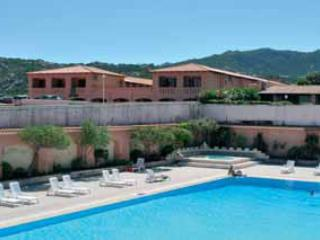 Studio seafront with swimming-pool sleeps 3 - Baia Sardinia vacation rentals