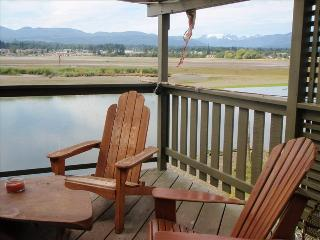 Waterfront Guest House, Sanctuary on the Estuary - Courtenay vacation rentals