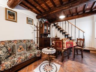 Giorgi's House - Vicopisano vacation rentals