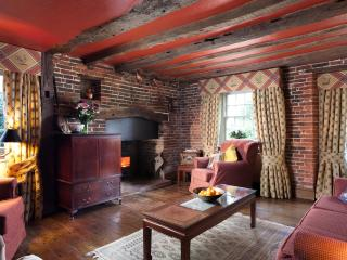So much character!  Grade ll listed rural cottage - Ninfield vacation rentals