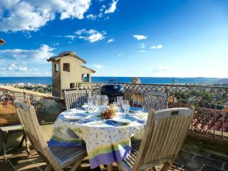 360º Panoramic Sea View Roof Terrace, A/C & WiFi - Cagnes-sur-Mer vacation rentals