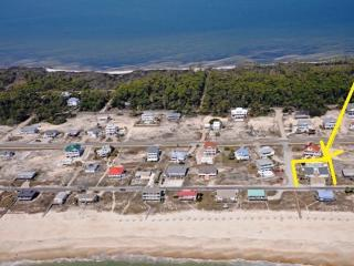 BEACH COTTAGE WITH POOL - GULF BEACH ACCESS - Saint George Island vacation rentals