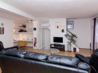 TH00396 Apartments Caus / Three bedrooms A2 - Fazana vacation rentals
